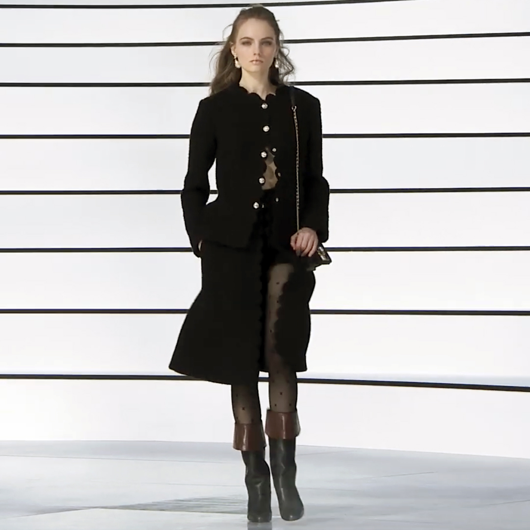 Picture 05 FASHION - THE CHANEL 2020/21 FALL/WINTER READY-TO-WEAR FASHION SHOW PARIS