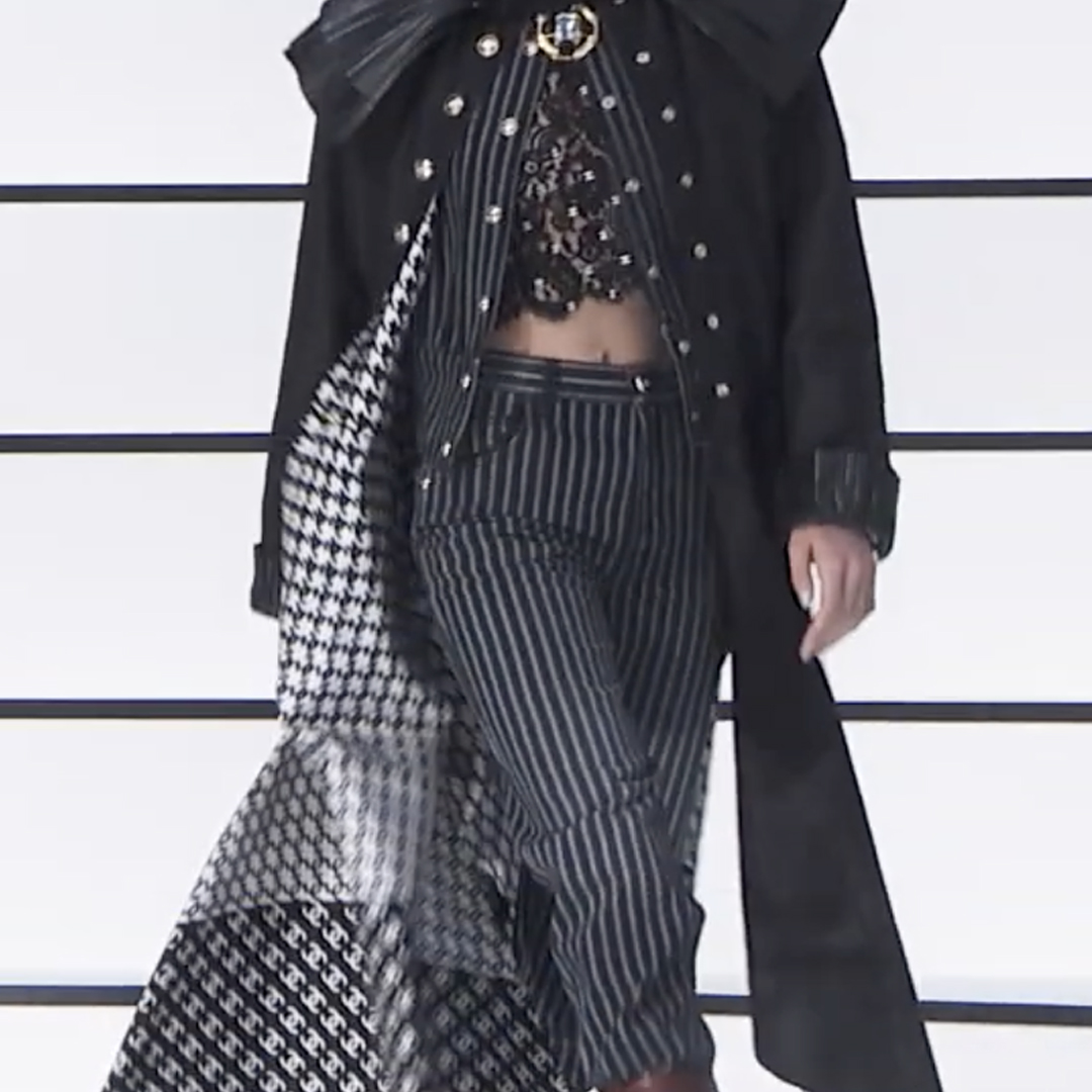 Picture 20 FASHION - THE CHANEL 2020/21 FALL/WINTER READY-TO-WEAR FASHION SHOW PARIS