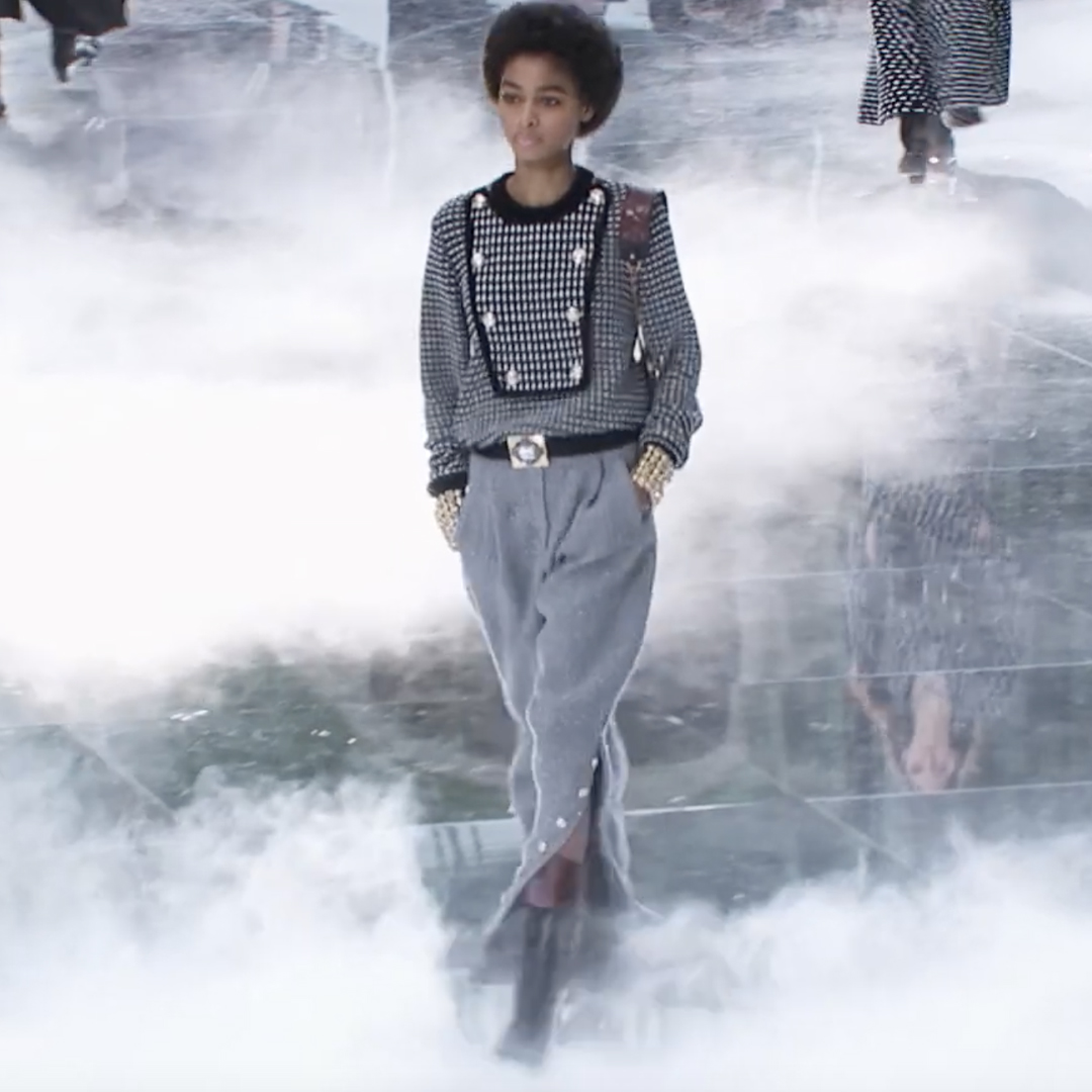 Picture 21 FASHION - THE CHANEL 2020/21 FALL/WINTER READY-TO-WEAR FASHION SHOW PARIS