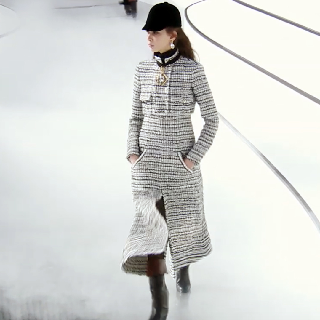 Picture 37 FASHION - THE CHANEL 2020/21 FALL/WINTER READY-TO-WEAR FASHION SHOW PARIS