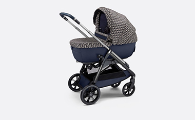 NEWS - DIOR X INGLESINA LAUNCHES ITS FIRST BASSINET AND STROLLER COMBO