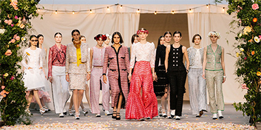 CHANEL HAUTE COUTURE - Like a family celebration, a wedding...