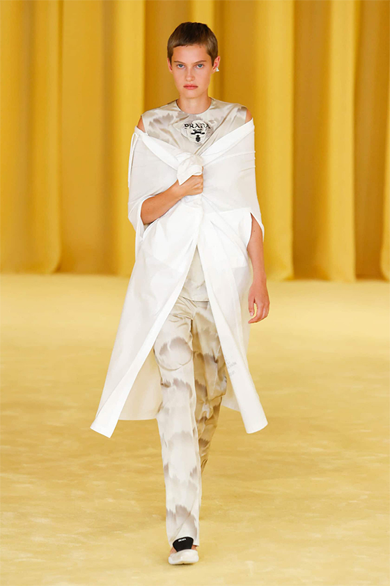 LOOK 20 PRADA SS 2021 WOMEN COLLECTION
